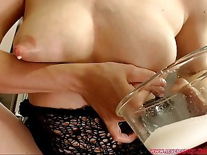 Mommy talks filthy and milk her tits. Frequently of milk!